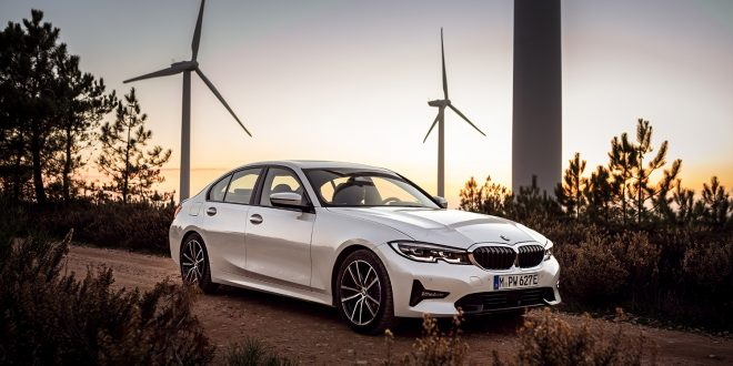 BMW kommer med tre nye hybrider til neste år. En av de er 300e. (Alle foto: BMW)