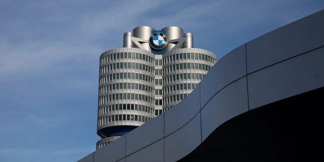 Bilindustrien har mange utfordringer, og forskning og utvikling gir utslag på regnskapene. (Begge foto: BMW)