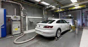 KrF vil fokusere på biler som slipper ut mindre enn 25 CO2 g/km, men et slikt segment finnes ikke. (Begge foto: VW)