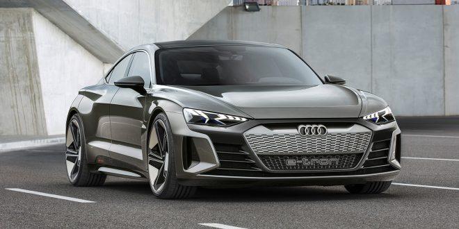 Audi satser knallhardt på nye elbiler. Dette er e-tron GT som skal i produksjon i 2020. (Begge foto: Audi)