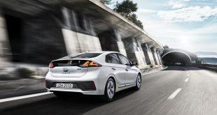 Hyundai Ioniq, modellen som kommer både som hybrid, ladbar hybrid og elbil, blir ny. (Alle foto: Hyundai)