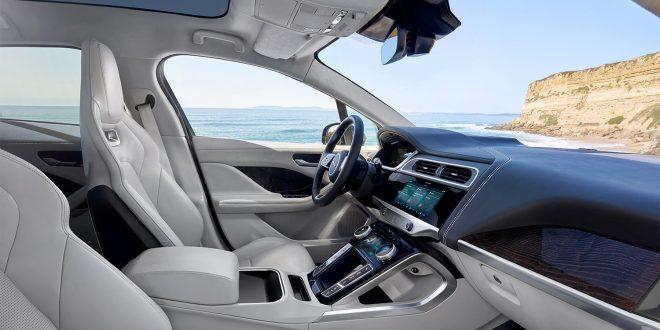 Lurer du på hvordan en I-Pace fungerer. Da kan du bare spørre bilen. (Alle foto: Jaguar)