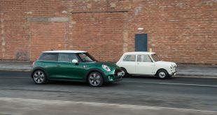 Mini hyller nå den aller første bilen som kom for 60 år siden. (Alle foto: Mini)