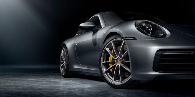 Porsche fornyer 911, og kommer nå med 8. generasjon. (Alle foto: Porsche)