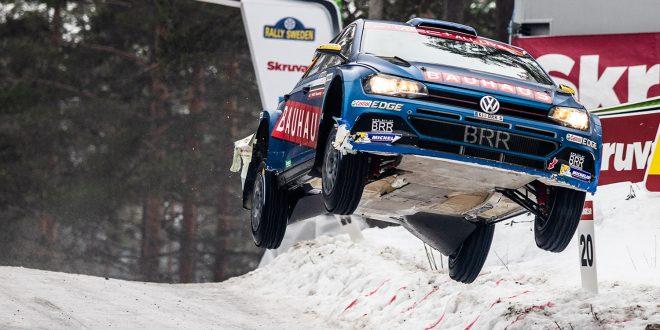 Ole Christian Veiby fløy høyt under Rally Sverige, faktisk helt til topps. (Alle foto: Even Management)