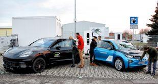 En ny lynladestasjon er åpnet i Tyskland, og denne leverer 450 kW. (Foto: BMW)