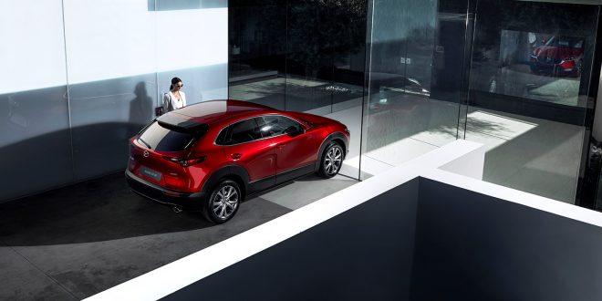 Mazda lanserer en helt ny SUV som størrelsesmessig befinner seg midt mellom CX-3 og CX-5. (Alle foto: Mazda)