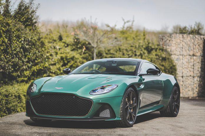 Denne superbilen fra Aston Martin hyller en racerbil fra 1959 kalt DBR1. (Alle foto: AM)