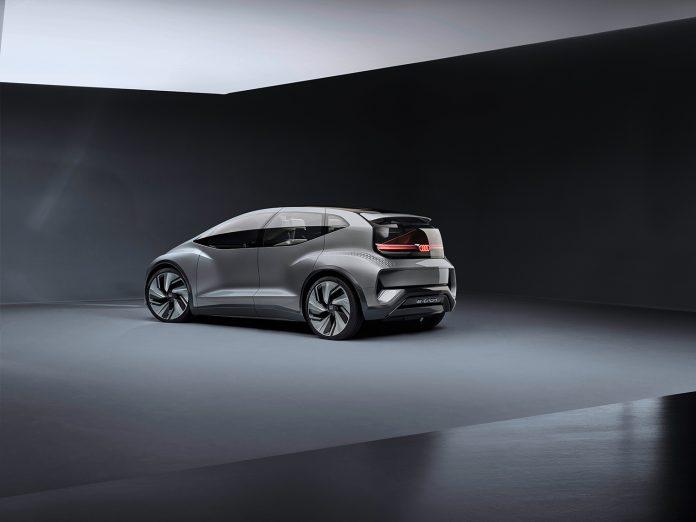 Audi viser oss hvordan bybilene kan bli i framtiden. (Alle foto: Audi)
