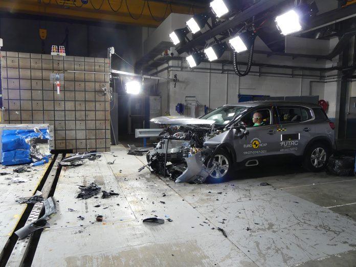 Citroën C5 Aircross fikk både 4 og 5 stjerner i ny kollisjonstest. (Alle foto: Euro NCAP)