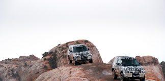 Land Rover skal vise fram en ny Defender senere i år, og kjører nå de avsluttende testene i Kenya. (Alle fot: JLR)