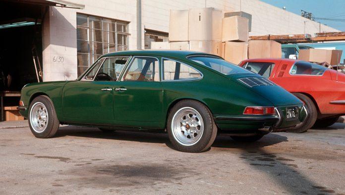 Porsche prøvde og prøvde, men fant ikke helt ut av det å lage en «sedan» med plass til passasjerer i baksetet. (Alle foto: Porsche)