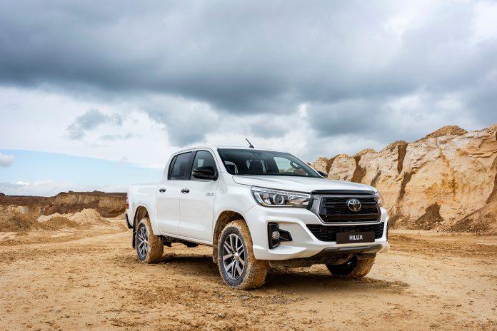 Toyota feirer 50 år med Hilux med en spesialversjon. (Alle foto: Toyota)