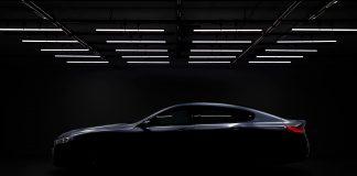 Ok, man ser ikke all verden, men det er mulig å se de store linjene til den kommende BMW M8 Gran Coupé. (Alle foto: BMW)