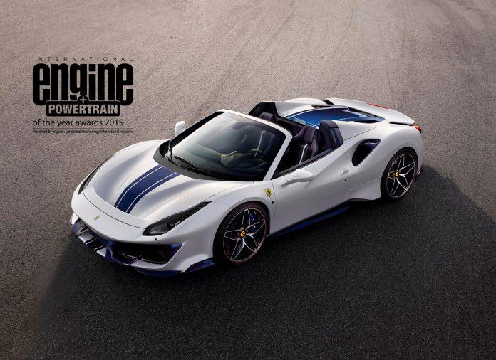 Ferraris supermotor har blitt kåret til verdens beste motor for 4. året på rad. Her en Pista Spider som har den under panseret. (Begge foto: Ferrari)