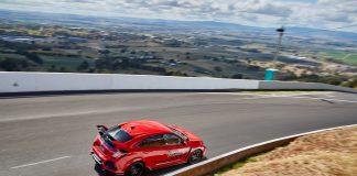 Honda Civic Type R har hanket inn nok en banerekord. (Alle foto: Honda)
