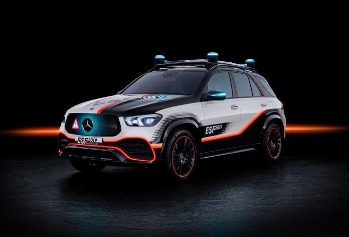 Denne Mercedesen er særs imponerende, spesielt når det kommer til sikkerhet. (Alle foto: Daimler)