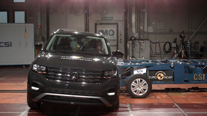 Europeiske biler er generelt sikrere enn amerikanske versjoner. Her en Volkswagen T-Cross som har 5 stjerner. (Begge foto: Euro NCAP)