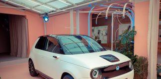 Honda opplever en ny vår i Europa med den lille elektriske sjarmøren kalt Honda E. (Alle foto: Honda)