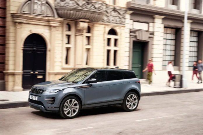 I en ny undersøkelse er Range Rover Evoque den modellen som taper seg minst i verdi. (Begge foto: Land Rover)