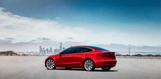Tesla ville ikke la J.D. Power snakke med kundene, og slapp dermed unna en kvalitetsundersøkelse. (Foto: Tesla)
