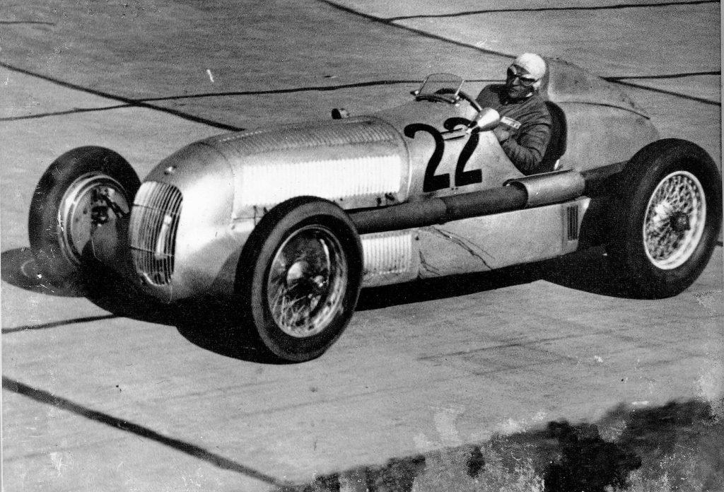Luigi Fagioli fotografert under det første løpet til sølvpilen-bilene i 1934.