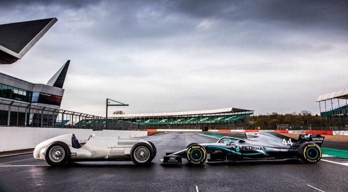 Mercedes har flere grunner til å feire under søndagens formel 1-runde. (Alle foto: Daimler)