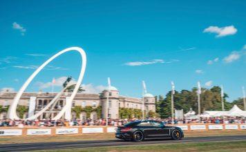 Porsche viste fram en kjørende Taycan under helgens Goodwood-festival. (Begge foto: Porsche)