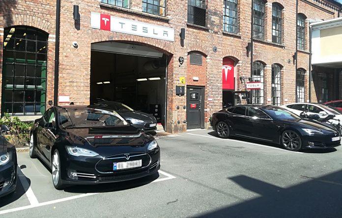 Tesla har fått skikkelig slagsfart, og er Norges mest solgte bilmerke. (Foto: Bil24)