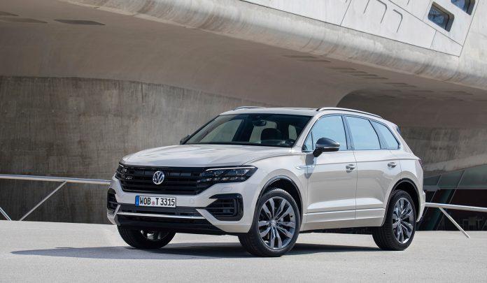 Volkswagen feirer at de runder 1 million eksemplarer av Touareg. (Alle foto: VW)