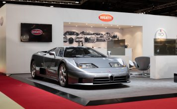 Dette var verdens første ordentlige superbil, EB110. (Alle foto: Bugatti)