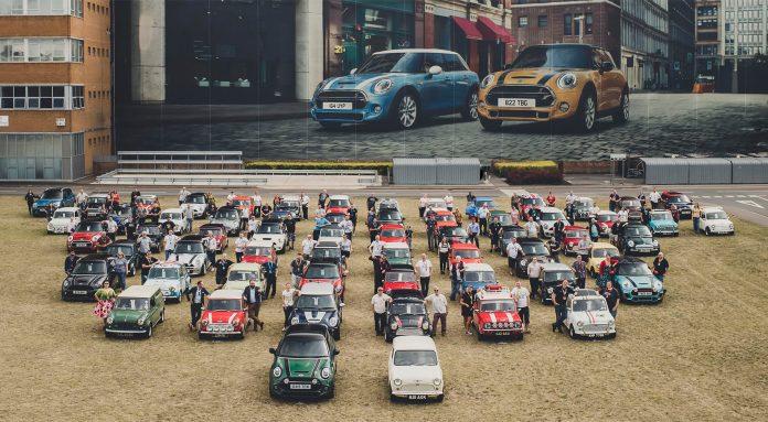 Mini runder 60 år, og det er feiret med et svært treff i Bristol. (Alle foto: Mini)