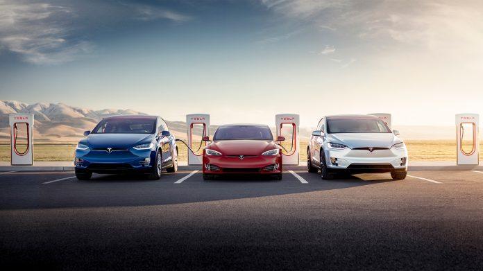 Tesla tilbyr igjen gratis hurtiglading i tilknytning til Model S og Model X, og Model 3 er altså ikke inkludert i dette tilbudet. (Alle foto: Tesla)