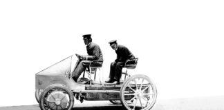 Ferdinand Porsche lagde sin første bil før vi rundt 1900-tallet, og det var en elbil. (Alle foto: Porsche)