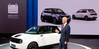 Honda kutter dieselmotoren i Europa i 2021. (Begge foto: Honda)