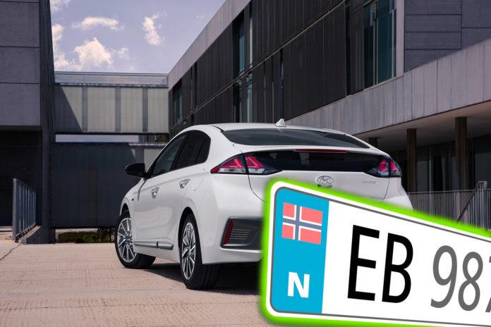 Nå har vi brukt opp alle elbilskiltene med EV, og neste ut er EB-kombinasjonen. (Foto: Hyundai/Statens vegvesen)