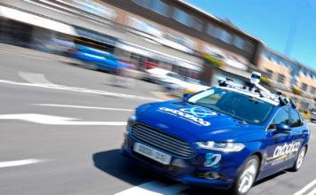 Denne bilen har en utakknemlig jobb, nemlig kjøre av seg selv i den beryktede London-trafikken. (Foto: Oxbotica)