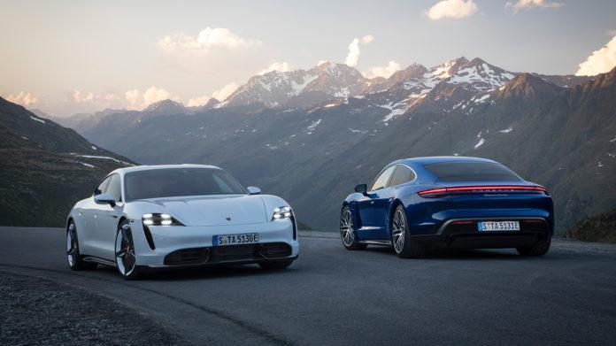 Porsche har endelig vist fram Taycan uten kamuflasje, og da like godt både en Taycan Turbo og Turbo S. (Alle foto: Porsche)