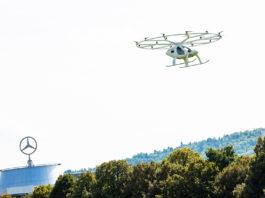 I helga demonstrerte Volocopter en drone-taxi i Stuttgart. (Foto: Volocopter)