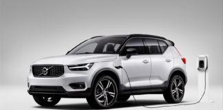 Volvo vil snart presenterer en elbilversjon av XC40, som her er avbildet som ladbar hybrid. (Alle foto: Volvo)