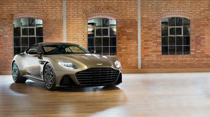 En superbil fra Aston Martin finner også veien til den kommende James Bond-filmen. (Alle foto: Aston Martin)