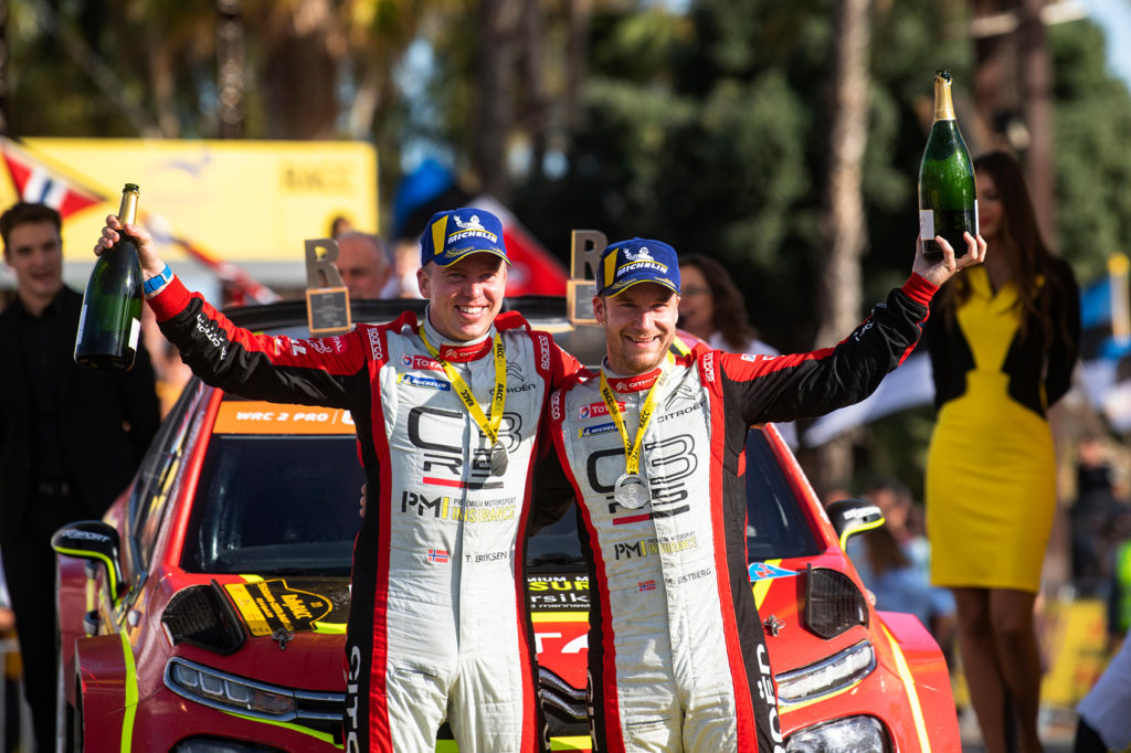 Kartleser Torstein Eriksen og Mads Østberg kunne juble for klasseseier i Spania.