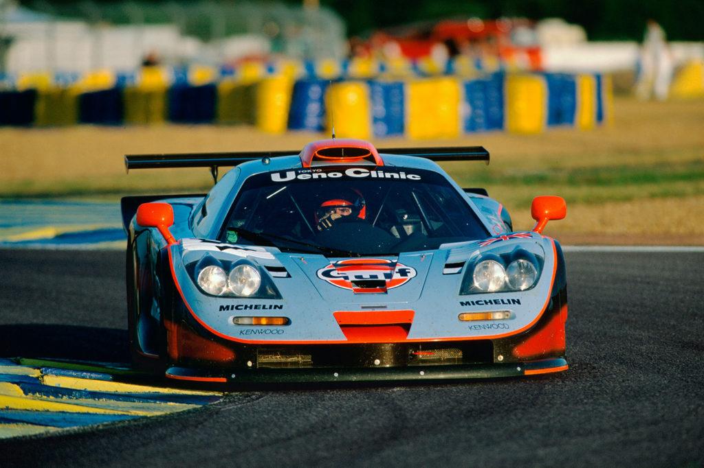 F1 GTR herjet med konkurrentene. (Foto: McLaren)
