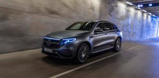 Elbilen Mercedes EQC er blant de nominerte til årets bil i Europa. (Foto: Mercedes)