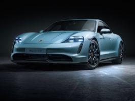 Porsche viser fram en ny og billigere versjon av den kommende elbilen, Taycan 4S. (Alle foto: Porsche)