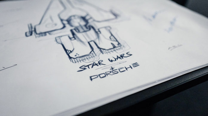 Porsche nøyer seg ikke bare med en elbil, men skal nå designe et stjerneskip. (Alle foto: Porsche)