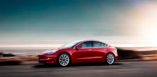 Tesla Model 3 har riktignok salgsframgang i Europa, men kontinentet er enn så lenge kjølig til elbiler. (Foto: Tesla)