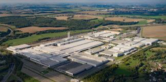 Mandag starter produksjonen av Volkswagen ID. 3 i Zwickau. (Begge foto: VW)