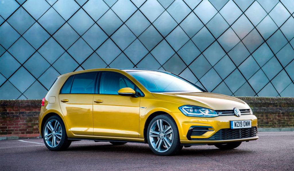 Golfen blir nå ny, men fortsatt holder den 7. generasjon koken på topp av salgslistene. (Foto: VW)