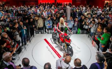 Denne, altså motorsykkelen, var den vakreste under årets store EICMA-messe i motebyen Milano. (Alle foto: Ducati)